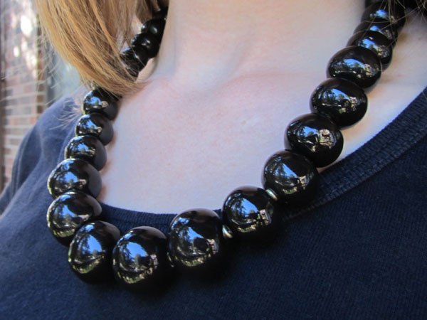 Black ceramic necklace by Jacaranda Workshop