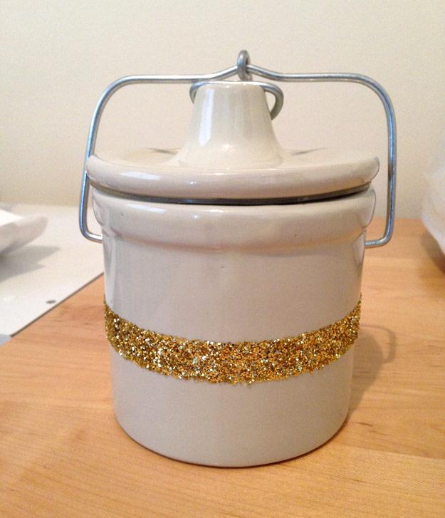 Finished ceramic crock with gold glitter stripe